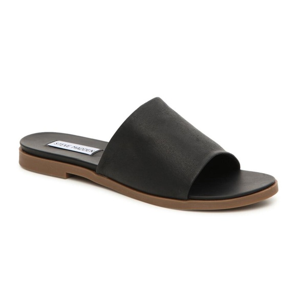 f6737d0f58b NWB Steve Madden Karolyn Flat Leather Slide Sandal